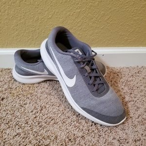 Nike Men's Flex Experience RN7 Athletic Shoes